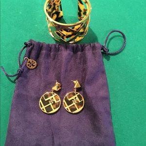 Tory Burch Bracelet & Earring Set W/Orig Pouch🔥😍